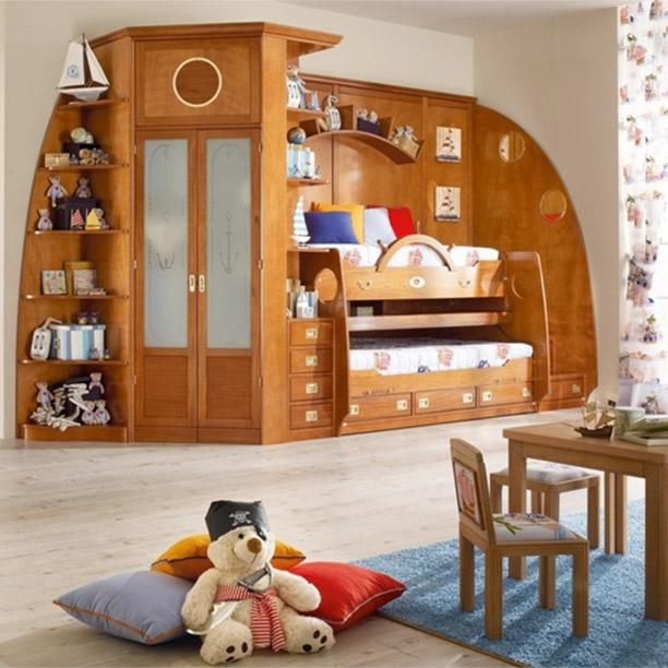 Letto a castello reclinabile con cabina armadio