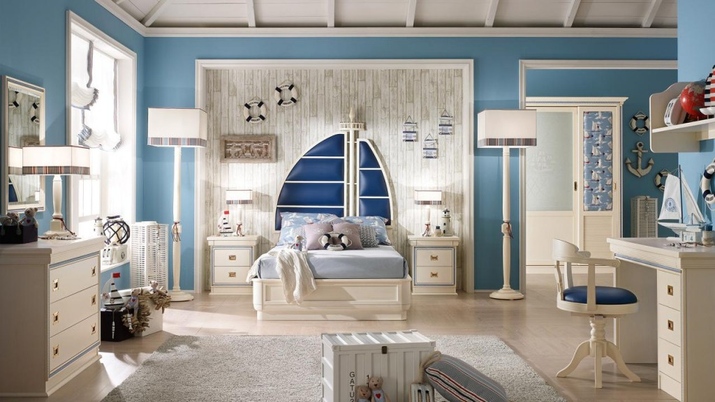 Navy Style Bedroom by Caroti