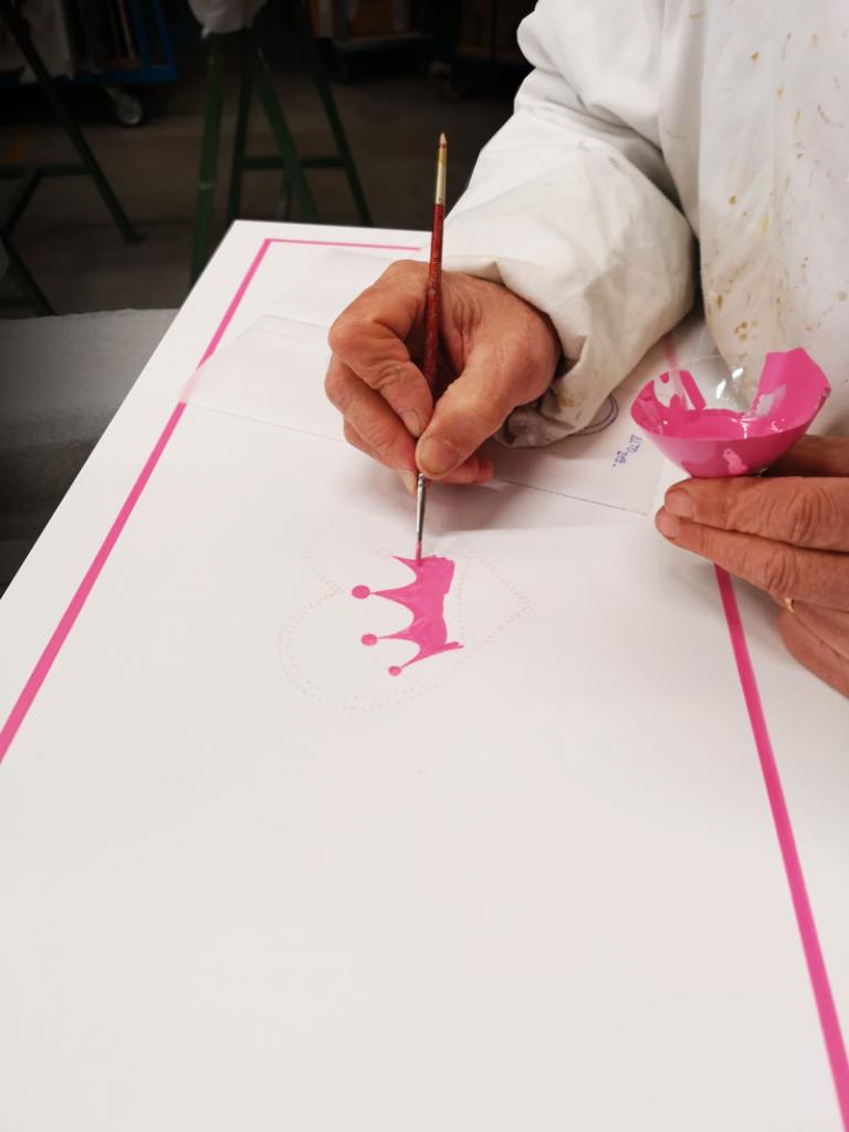 decorazione a mano rosa Principessa