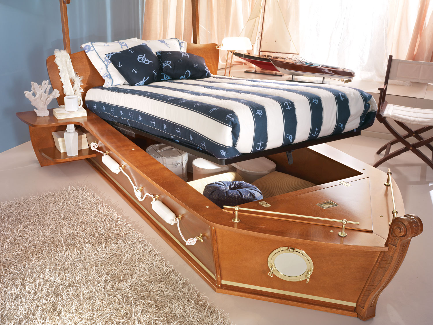Container boat-bed