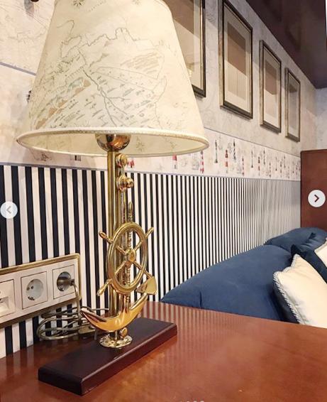 lampada da tavolo in pergamena atlante Caroti